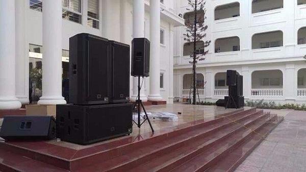 dàn âm thanh sân khấu mức đầu tư 140 triệu