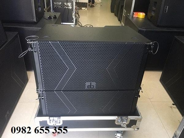 Loa array DB LA-112F tại showroom Phúc Hưng audio